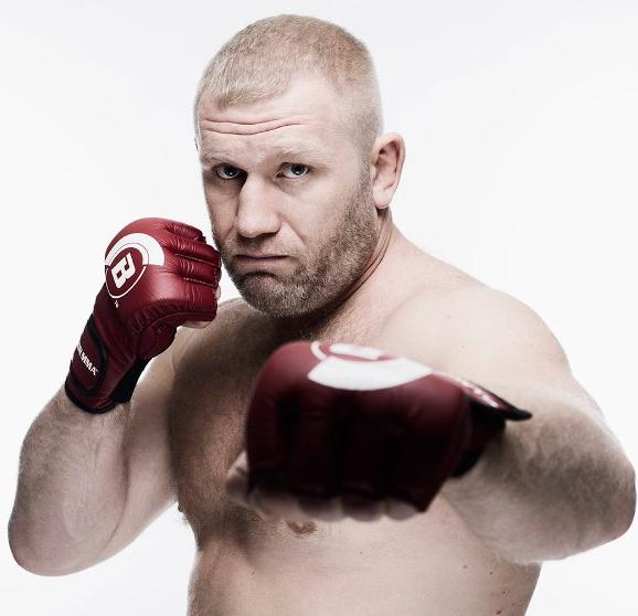 Sergei Kharitonov se enfrentará a Chase Gormley