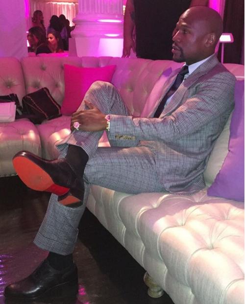 Floyd Mayweather abre su propio club de striptease en Las Vegas