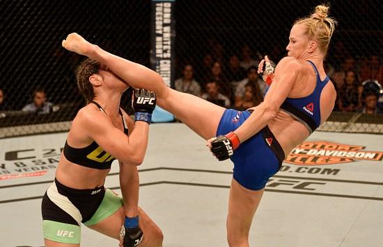 Holly Holm repite la patada que dejó KO a Ronda Rousey