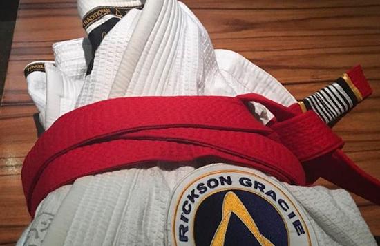 MMA: Rickson Gracie obtiene cinturón Rojo en Jiu Jitsu Brasileño