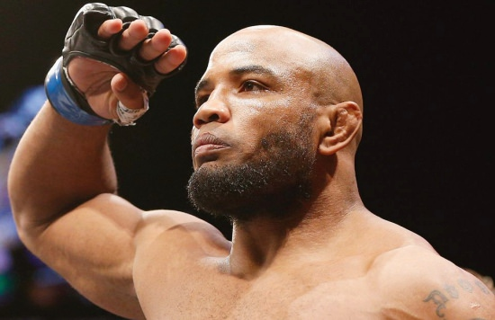 MMA: Michael Bisping prosigue con sus ataques a Yoel Romero