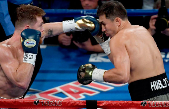 Canelo Alvarez y Golovkin durante su primer combate, que terminó en tablas