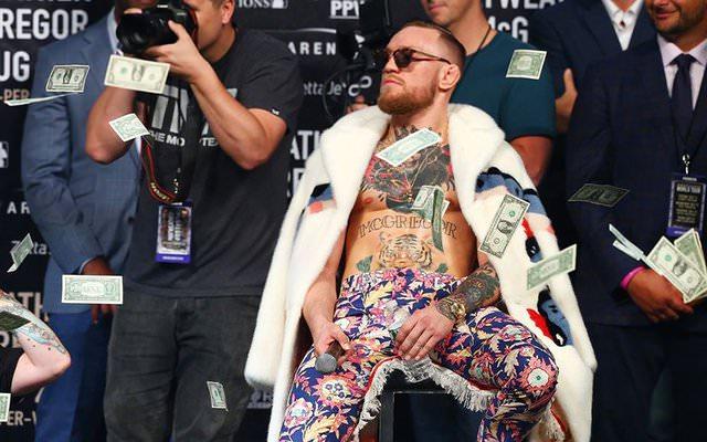 Conor McGregor en una rueda de prensa
