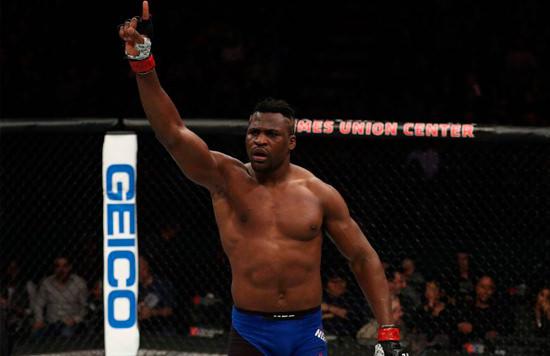 Francis Ngannou habla sobre Stipe Miocic antes de UFC 220