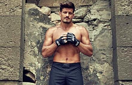 Juan Espino 'El Guapo' vuelve a su hogar en Gran Canaria y deja Las Vegas para continuar entrenando de cara a su vuelta a UFC