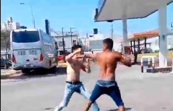 Pelea callejera boxeo vs mma