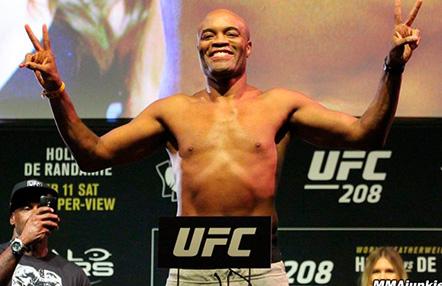 """Anderson Silva reclama una """"súper pelea"""""""