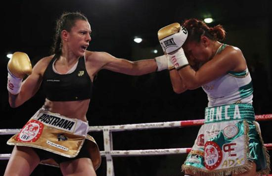 Joana Pastrana suma su tercer título mundial de peso mínimo