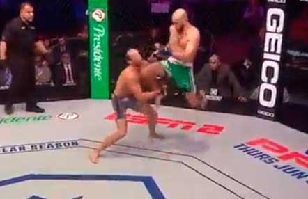 Brutal KO EN PFL con un espectacular rodillazo en la barbilla (Vídeos mma)