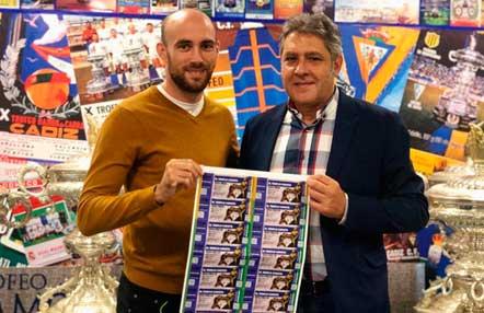 Carlos Coello se medirá al francés Rolland por el Título Mundial WBC de peso pluma