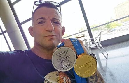 El Mestre de Patraix vuelve del campeonato de europa FIJJD con dos medallas al cuello.