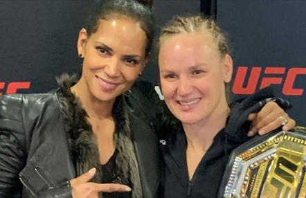 Halle Berry felicitó a Valentina Shevchenko en UFC 247