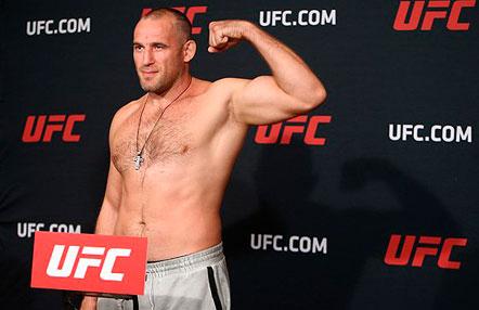 """Alexey Oleynik, sobre su combate con Werdum en UFC 250: """"No planeo una derrota para esta pelea"""""""