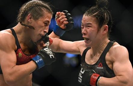 Weili Zhang retiene su reinado de peso paja frente a Joanna Jedrzejczyk