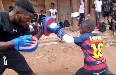 Un niño de 10 años revoluciona el mundo del boxeo